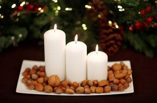 Brennende Kerzen sind zwar schick anzusehen, aber gefährlich